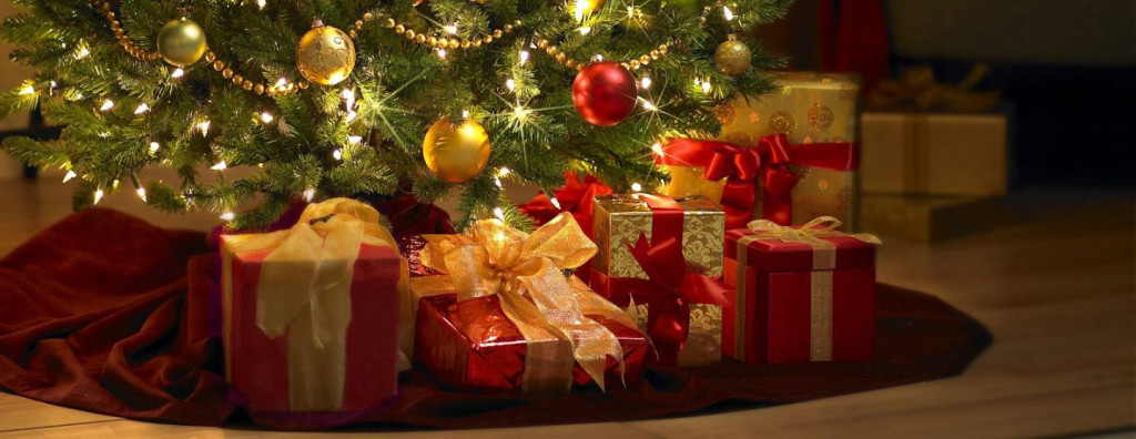 christmas-presents-under-tree2