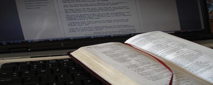 Bible-Computer- 700-280